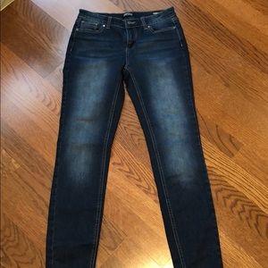 Buffalo Dark Wash skinny jeans size 2 / 26